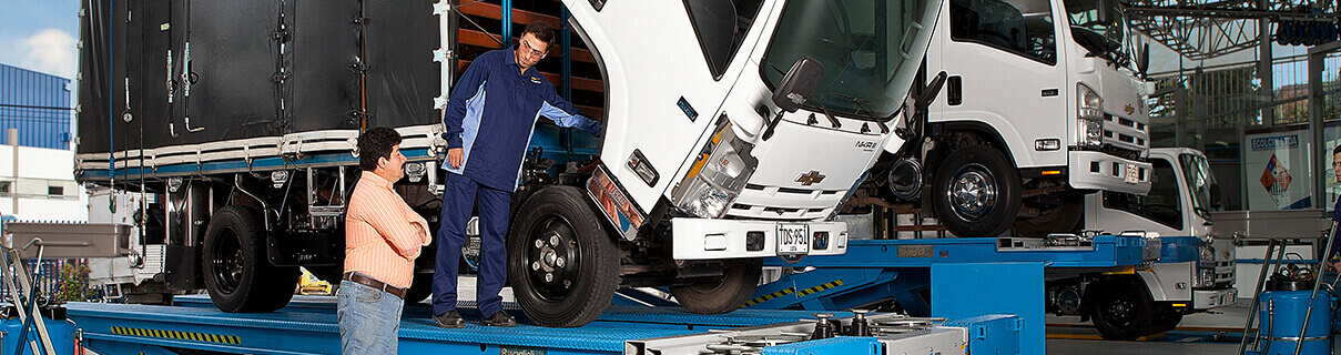 mantenimiento a camion de chevrolet