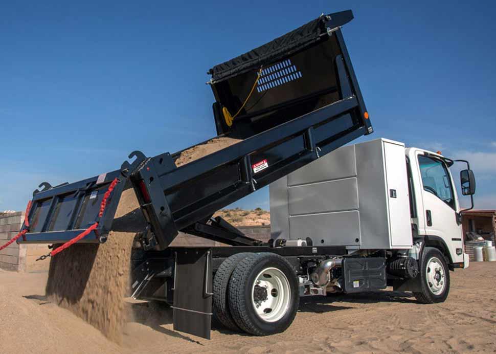 camion de carga en funcionamiento