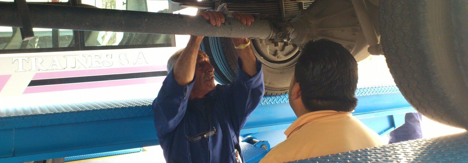 Mantenimiento preventivo de buses